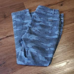 G.I.L.I. Camo Print Petite Skinny Crop Jeans